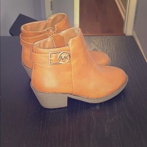 Brand new/never worn ankle boots